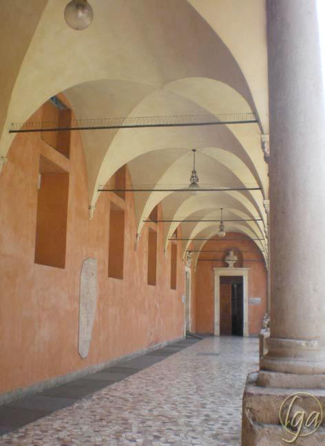 chiostro-ospedale-vicenza-lorenzo-bologna
